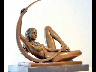 Эротические скульптуры. Голые девушки.Erotic sculpture. Naked girl.