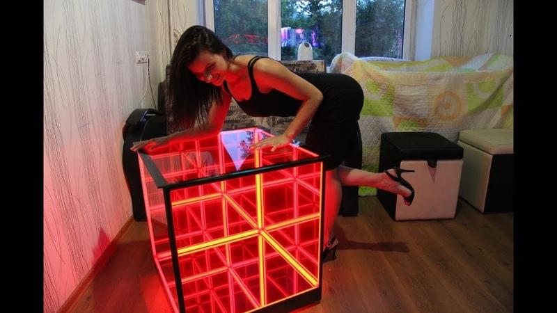 Столик с подсветкой в виде куба бесконечности (infinity mirror) i-prize.ru