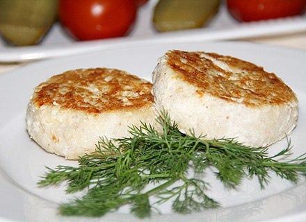 Рыбные биточки с сыром