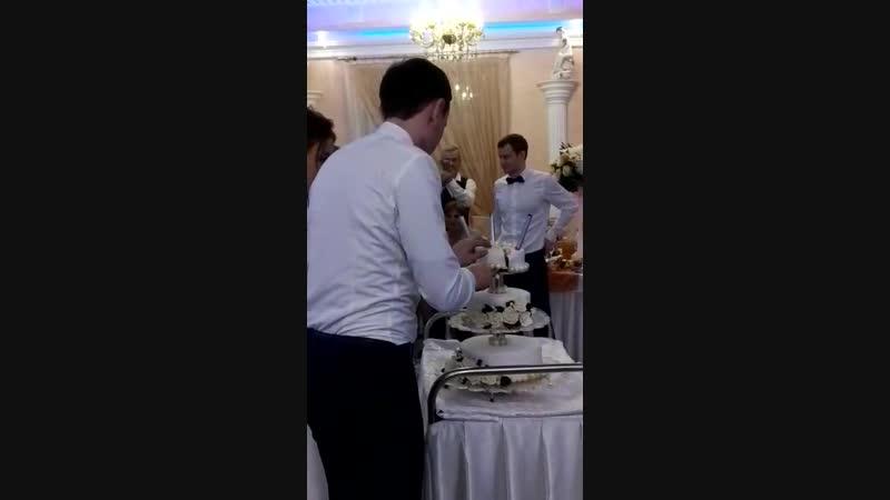 15 декабря 2018 свадьба Алины. и Ивана торт