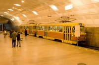 Скоростной трамвай, кстати, оказался обычным трамваем.  Только часть его пути проходит под землей.