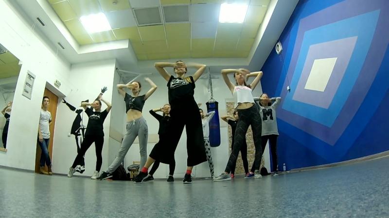 Mini vogue-choreo by Vika Daos | Туапсе, 2018