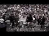 Guns N' Roses - Saint Louis '91 - AxL pete un plomb