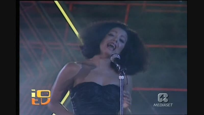 MATIA BAZAR - Noi ( Мы ) ( Live , Festivalbar , Verona , Italy \ 1987 г )