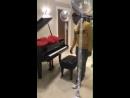 Leigh-Anne via instagram story @LittleMix Al parecer André le regaló un piano