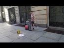 Уличный музыкант в Турине