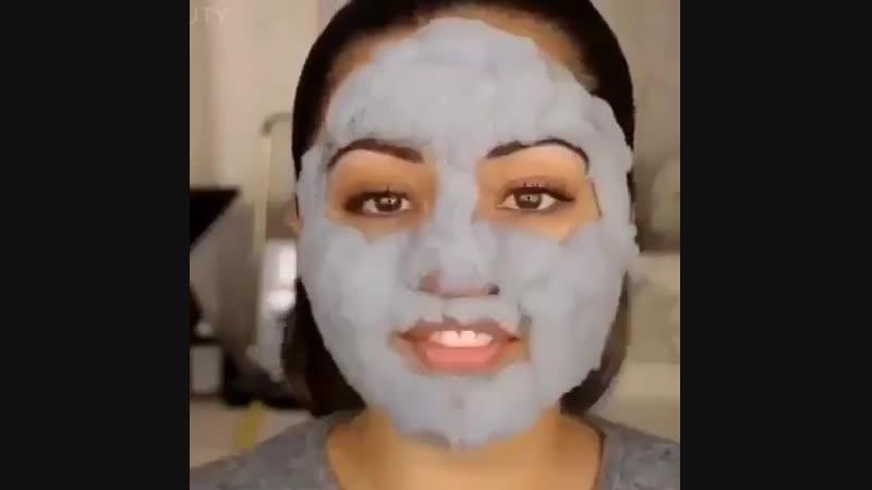 ГЛИНЯНО-ПУЗЫРЬКОВАЯ МАСКА Carbonated Bubble Clay Mask от ELIZAVECCA(1)