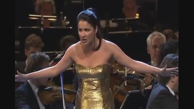 Anna Netrebko - Casta Diva (Norma by Vincenzo Bellini)