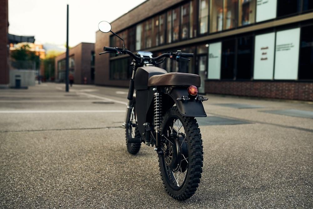 Black Tea Moped - маленький электроцикл