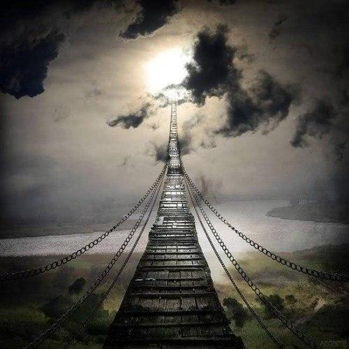 В жизни возможны только две трагедии: первая - получить то, о чем мечтаешь, вторая - не получить.
