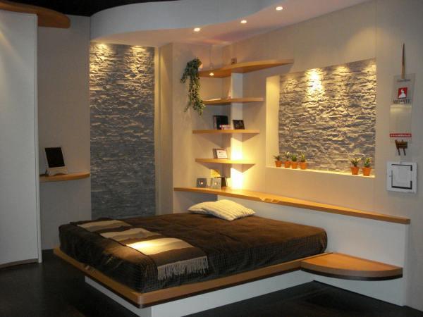 Дизайн интерьеров с декоративным камнем