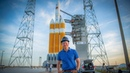 Launch Pad Tour with Tory Bruno, CEO of ULA (Delta IV Heavy) - Smarter Every Day 199