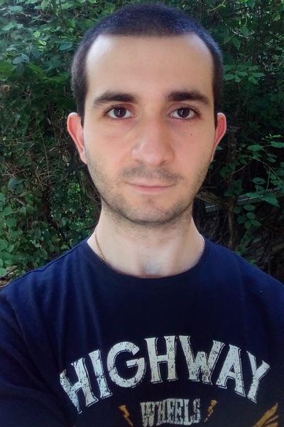 Тигран Симонян