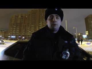 Полицейский схватился за оружие! Вся полиция Казани собралась! Сначала остановил. потом подумал Полицейский беспредел!