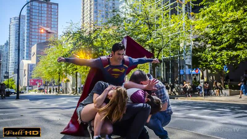 Супермен и Супергёрл против Дронов