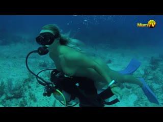 Jenny scordamaglia scuba diving nude