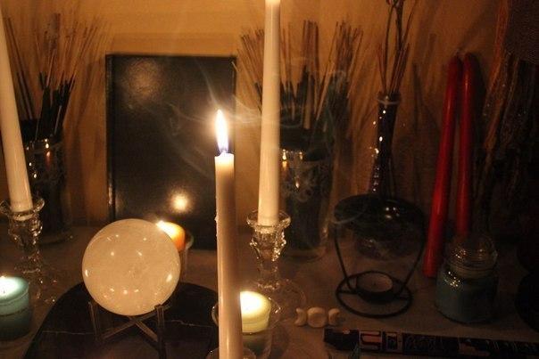 Как сделать красную свечу для магии