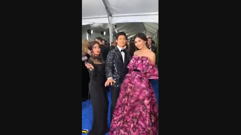 WaybackWednesday to blue carpet moves w @HarryShumJr @gemma_chan @mtelles at the @CriticsChoice....CrazyRichAsians CriticsChoice