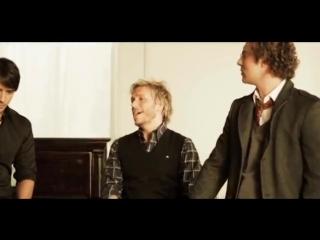 Luis Fonsi - Aqui Estoy Yo ft. Aleks Syntek, Noel Schajris, David Bisbal
