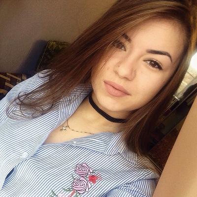 Виктория Чекарамит