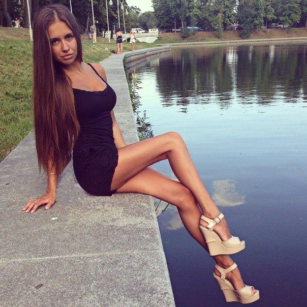 Сексуальые девушка контакта фото