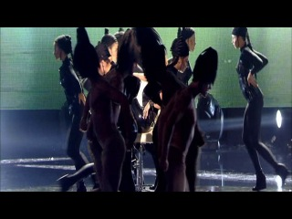 Mylene Farmer - Oui mais... Non [NRJ Music Awards 2011]...