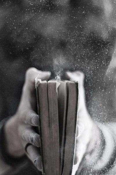 Хватит читать статусы Вконтакте!    Читай стихи великих поэтов»     Только избранное!