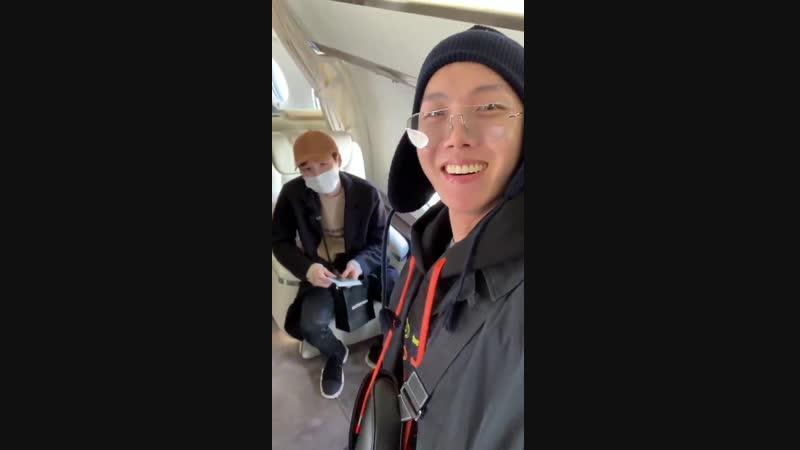 [TWITTER] 18/12/07 из твиттера BTS_twt BTS Suga SNS@agustd_suga Мы слетаем и вернемся обратно!! 💕✈