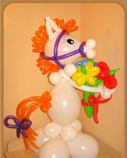 Лошадка из воздушных шаров мастер класс