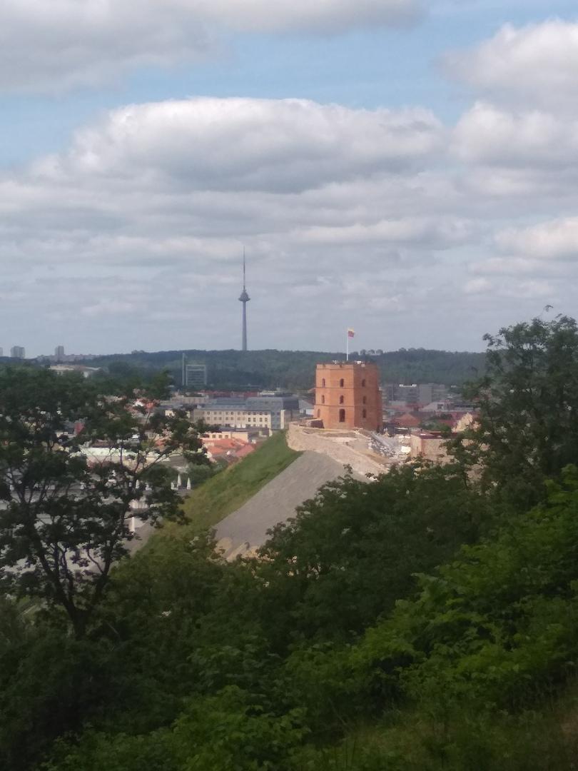 Телебашня и башня Гидемина
