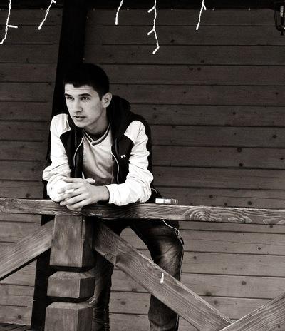 Олег Антоник, 1 марта , Бурштын, id49805689