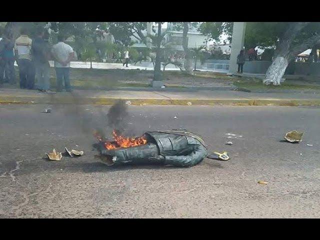 Venezuelanos mostram seu carinho por Chavez