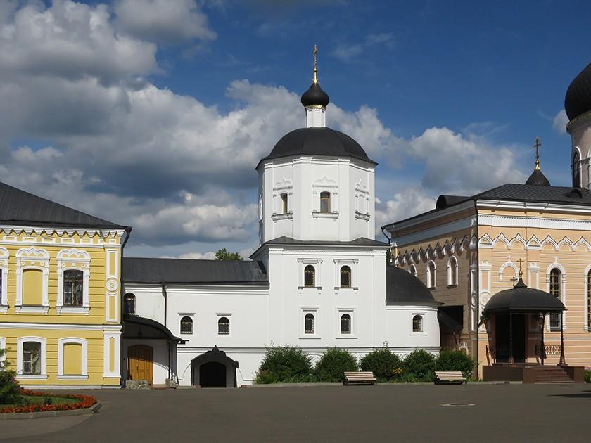Mw5o-iUs9Z8 Давидова пустынь монастырь в Подмосковье.