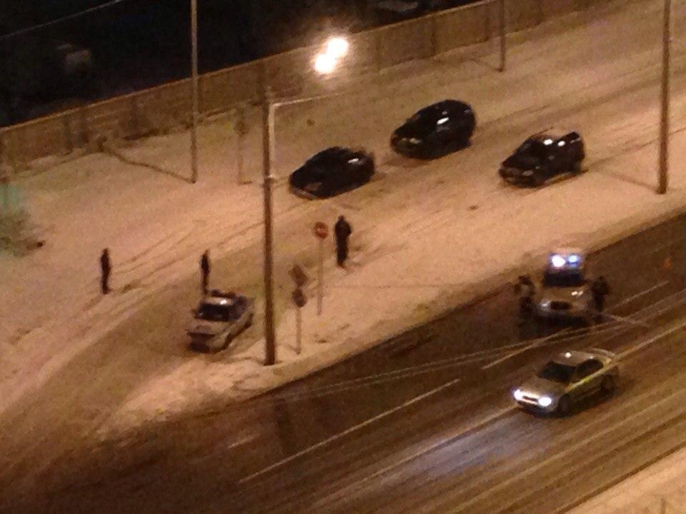 Неизвестные обстреляли полицейских в Санкт‐Петербурге | Изображение 1