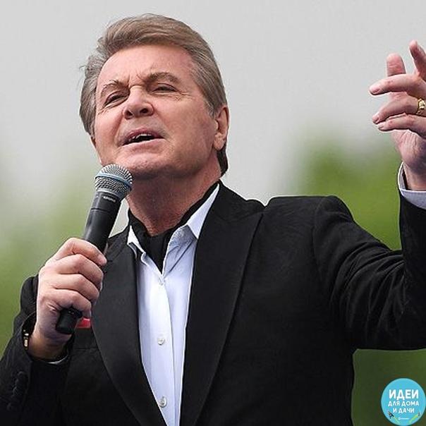 Сегодня свой Дань Рождения празднует Лев Лeщенко. Поздравим советского исполнителя своим