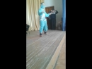 Шевельденов Дорджик тацует индийский танец
