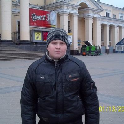 Влад Люлька, 10 мая 1976, Снежное, id225575547