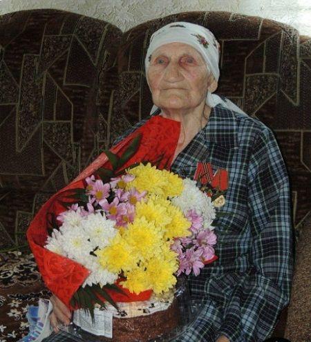 Жительница Горловки отпраздновала свой столетний юбилей (фото)