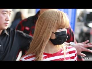 180913 LISA @ Incheon airport (Seoul, Korea) from John F. Kennedy airport (New York, USA)