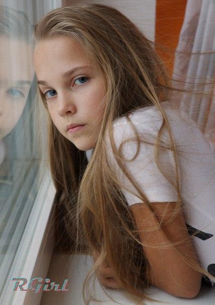 картинки в вк для девочек на стену