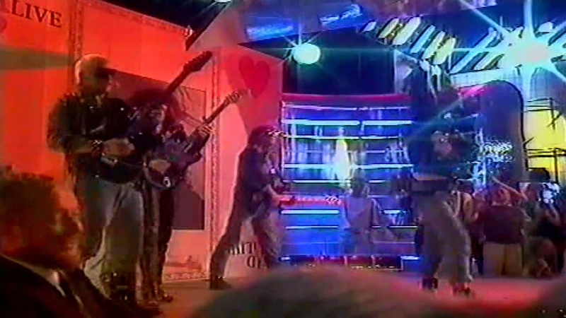 Dead Or Alive : My Heart Goes Bang (Get Me To The Doctor) - Xtra Tour - 1985 (German TV)