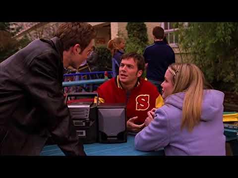 Smallville 1x12 Eric terrorizes his classmates attacks Clark