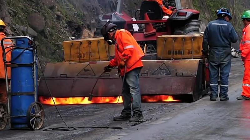 Строительство высокогорной дороги Каруас – Анкаш с тоннелем Punta Olimpica на высоте до 4738 м над уровнем моря, Перу, 2013