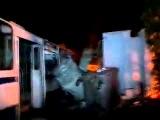Палаючий тролейбус під СБУ + вибухи 19 02 2014