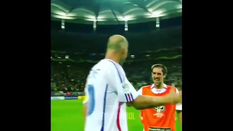 Зидан против Бразилии