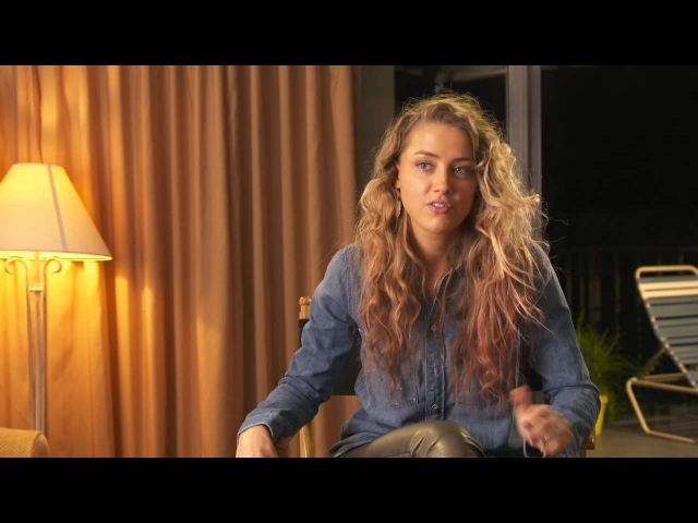 Magic Mike XXL: Amber Heard Zoe Behind the Scenes Movie Interview