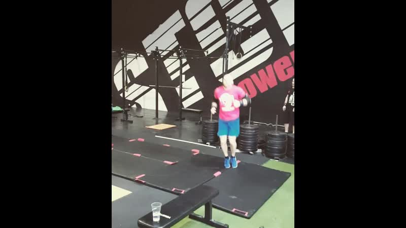 Прыжковая тренировка акробатика