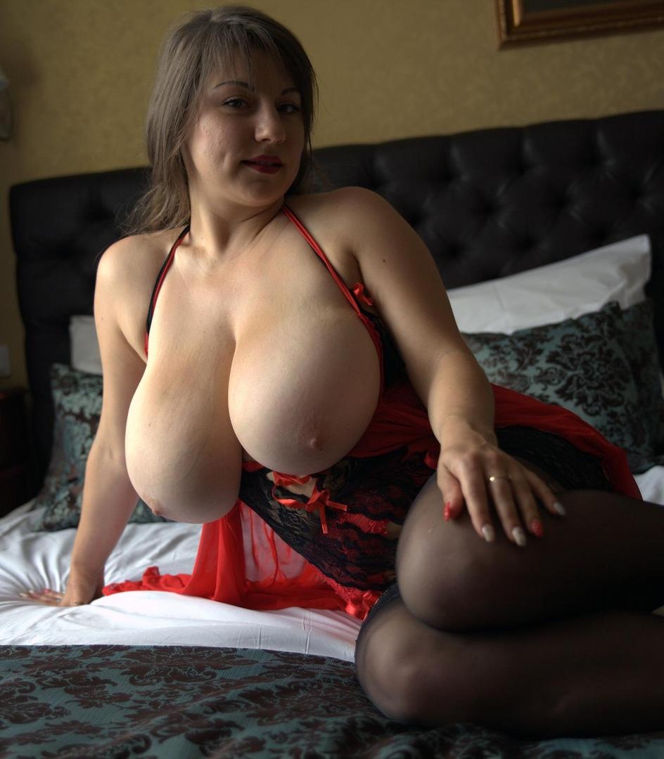 Carmen electra videos sex