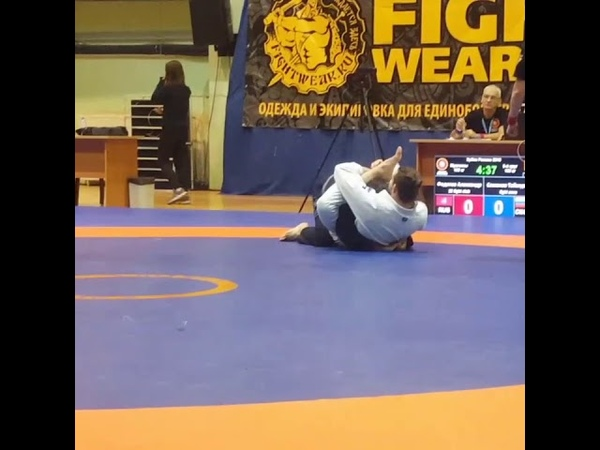 Omoplata in a grappling tournament . Russian uww grappling cup 2018