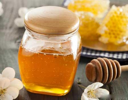 Антибактериальные свойства меда манука обусловлены антибактериальным компонентом метилглиоксаль (MG).